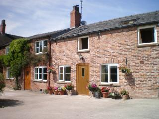 Lovely Cottage with Internet Access and Television - Congleton vacation rentals