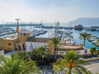 El Velero, cheap holidays for groups of 10 - Calpe vacation rentals
