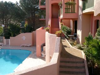 Lovely 2 bedroom Condo in Collioure with Internet Access - Collioure vacation rentals