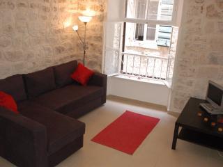 Three Amigos, Stari Grad, 2 Bed Apartment Sleeps 6 - Kotor vacation rentals