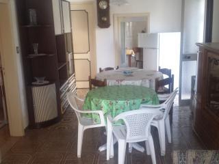 Appartamento Tortoreto Lido - Estivo - Tortoreto Lido vacation rentals