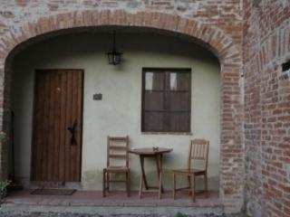 Il fornello country house APP. Pioppo - Citta di Castello vacation rentals