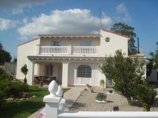 Tantra - Chiclana de la Frontera vacation rentals