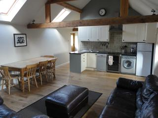 Cozy Barn in Chichester with Internet Access, sleeps 4 - Chichester vacation rentals