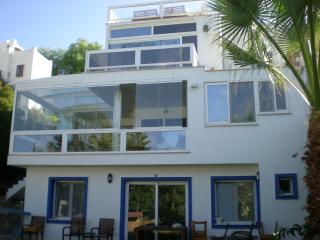 Villacolors - Gundogan vacation rentals