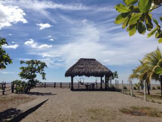 Casa Kaya Beach House - Poneloya vacation rentals