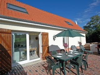 Emerald Holiday Cottage Gite in Pas De Calais - Fauquembergues vacation rentals
