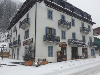 Argentiere Globe Apartment 2 - Argentiere vacation rentals