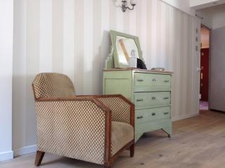 Charmant appartement d'artistes plein centre d'Aix - Aix-en-Provence vacation rentals