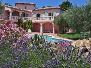 Villafloralis - Grasse vacation rentals