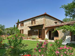 Villa la Poventa. Great views of Cortona and Air conditioning - Cortona vacation rentals