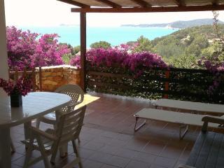Villa a Villasimius, 2 passi dal mare e 2 terrazze - Villasimius vacation rentals