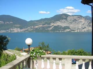Casa Margherita Appartamento n. 3 - Brenzone vacation rentals