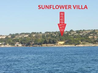 6 bedroom Villa with Internet Access in Augusta - Augusta vacation rentals