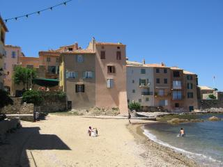 Wonderful Condo with Internet Access and A/C - Saint-Tropez vacation rentals