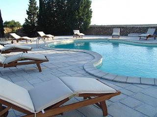 Comfortable House with Deck and A/C in Sant'Isidoro - Sant'Isidoro vacation rentals