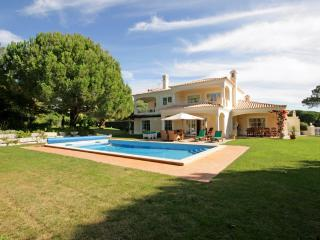 Perfect 4 bedroom Villa in Quinta do Lago - Quinta do Lago vacation rentals