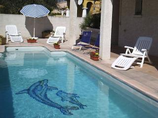 Perfect 4 bedroom Vacation Rental in Villeneuve les Beziers - Villeneuve les Beziers vacation rentals