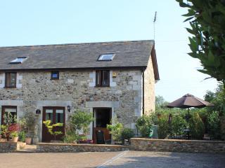 The Dairy, near seaside popular town of Seaton, Devon and Lyme Regis, Dorset - Seaton vacation rentals