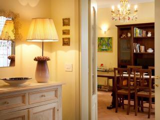 Appartamento di Lusso in Borgo Storico Toscano - Bibbiena vacation rentals
