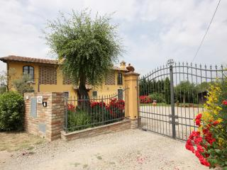 Charming Villa with Internet Access and Satellite Or Cable TV - Castelfiorentino vacation rentals