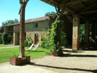 Farmhouse Micalon - Samatan vacation rentals