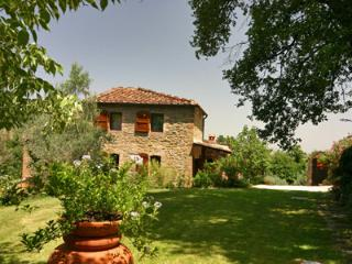 Romantic retreat  in Tuscany with lovely gardens, private pool air cond. - Monte San Savino vacation rentals