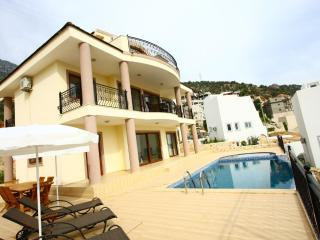 very economic 4 bedrooms villa in central kalkan - Kalkan vacation rentals