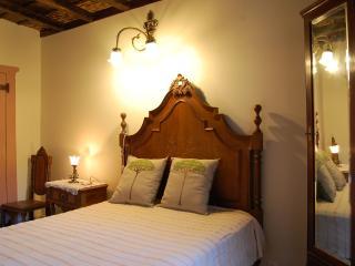 Bright Serra da Estrela vacation B&B with Mountain Views - Serra da Estrela vacation rentals