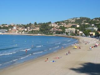 appartement T1 bis  dans résidence 3* - Sanary-sur-Mer vacation rentals