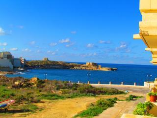 Comfortable Condo with Internet Access and Television - Marsalforn vacation rentals