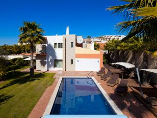 Villa Four Seasons - Ferragudo vacation rentals
