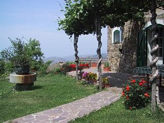 Charming House with Deck and Internet Access - Perdifumo vacation rentals
