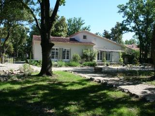 """Park La Truffière"" + Cottage + Pool - Saint-Didier vacation rentals"