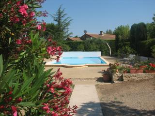Nice Villa with Internet Access and Television - Creissan vacation rentals