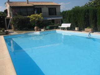 Nice 3 bedroom Villa in Creissan - Creissan vacation rentals