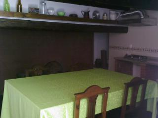 Cozy 2 bedroom Marvao Cottage with Towels Provided - Marvao vacation rentals