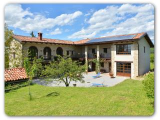 1 bedroom Condo with Internet Access in Bossolasco - Bossolasco vacation rentals