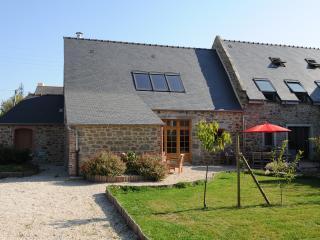 Le Clos Penhouët- Le Cellier - Dinard vacation rentals