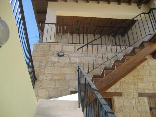 Romantic 1 bedroom Cottage in Omodhos with Internet Access - Omodhos vacation rentals