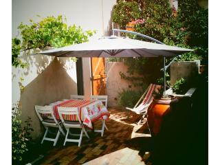 coquet studio à deux pas des plages - Saint-Mandrier-sur-Mer vacation rentals
