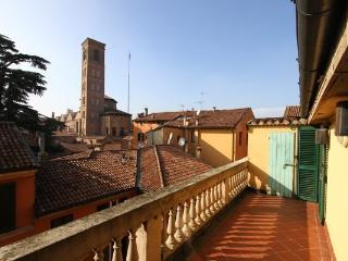 1 bedroom Penthouse with A/C in Bologna - Bologna vacation rentals