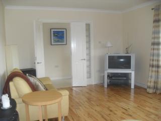 3 bedroom Bungalow with Dishwasher in Newport - Newport vacation rentals