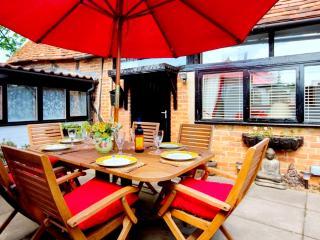 The Old Barn Old Amersham Buckinghamshire - Amersham vacation rentals
