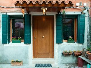 Cozy House with Internet Access and Short Breaks Allowed - City of Venice vacation rentals