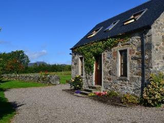 2 bedroom Cottage with Internet Access in Dunkeld - Dunkeld vacation rentals