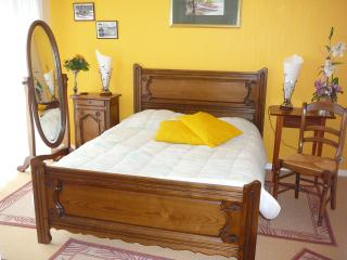 Gorgeous Guest house with Central Heating and Grill in Fouesnant - Fouesnant vacation rentals