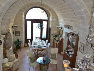 Beautiful 3 bedroom Bed and Breakfast in Muro Leccese - Muro Leccese vacation rentals