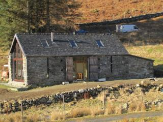 Romantic Barn with Washing Machine and Television - Kilmartin vacation rentals
