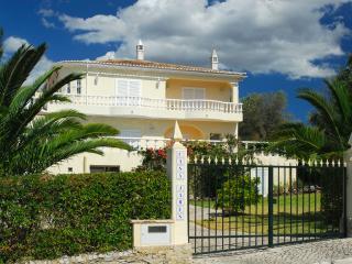 Casa James - Sao Bras de Alportel vacation rentals